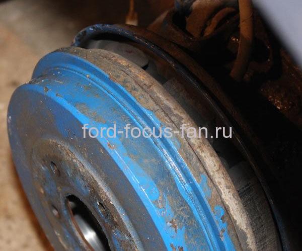 Как заменить задние колодки на форде
