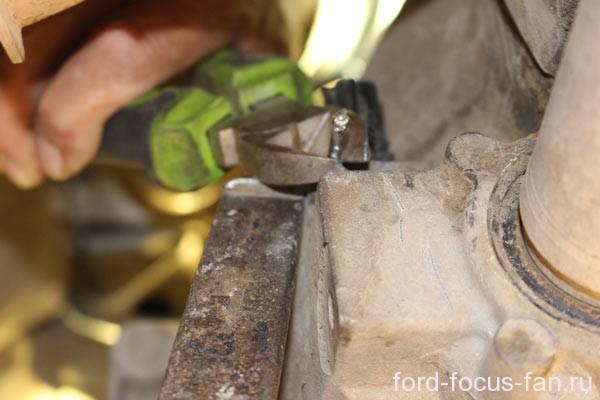Инструмент для снятия датчика скорости форд фокус 2