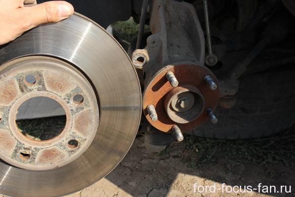 как заменить шпильку на колесе