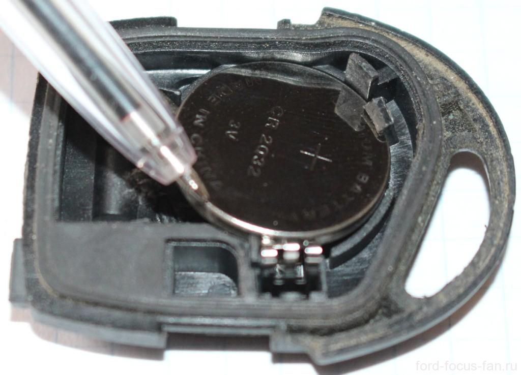 смена батарейки в ключе форд фокус 2