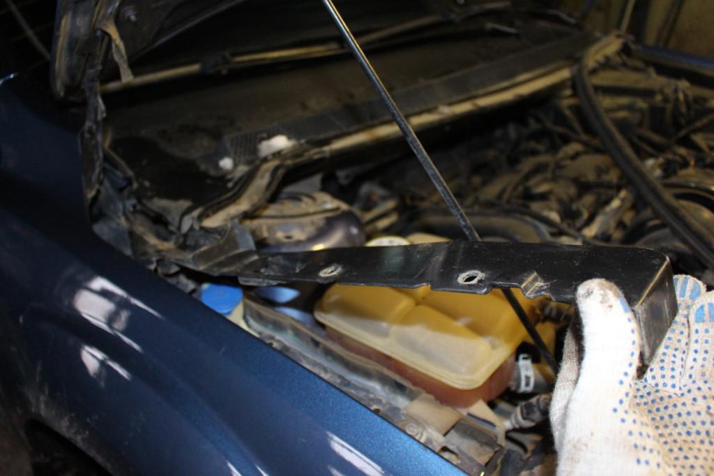 накладка переднего крыла форд фокус 2