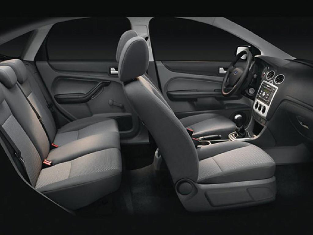 салон форд фокус 2