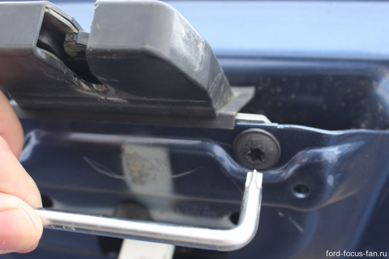 Форд фокус 2 какая лампа подсветки номера 22 фотография