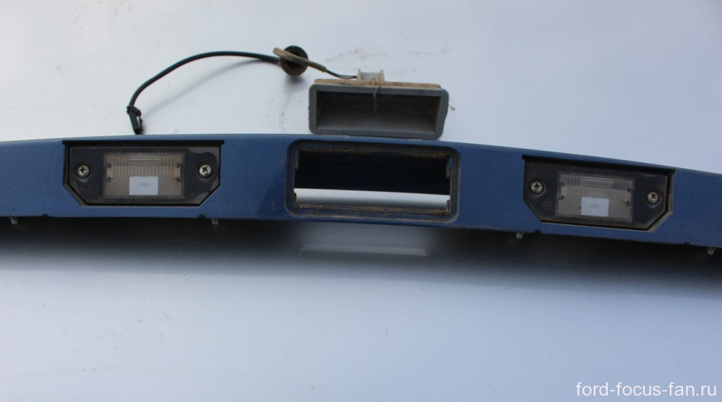 замена ламп и фонарей подсветки номера форд фокус 2 седан
