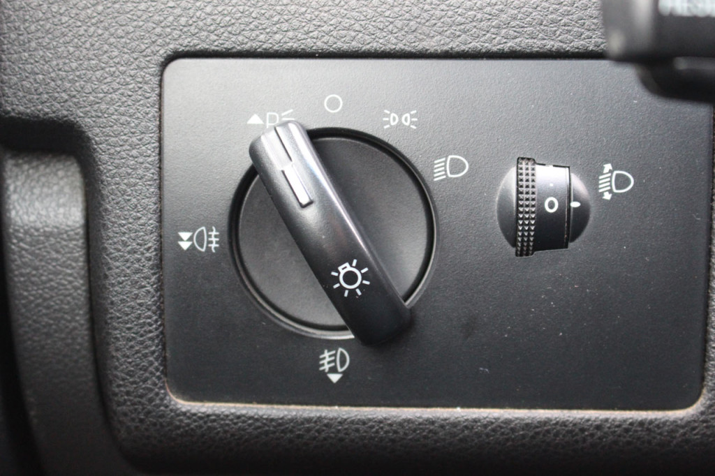 блок управления фар форд фокус 2