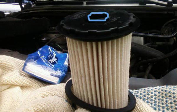 Replacing the diesel filter